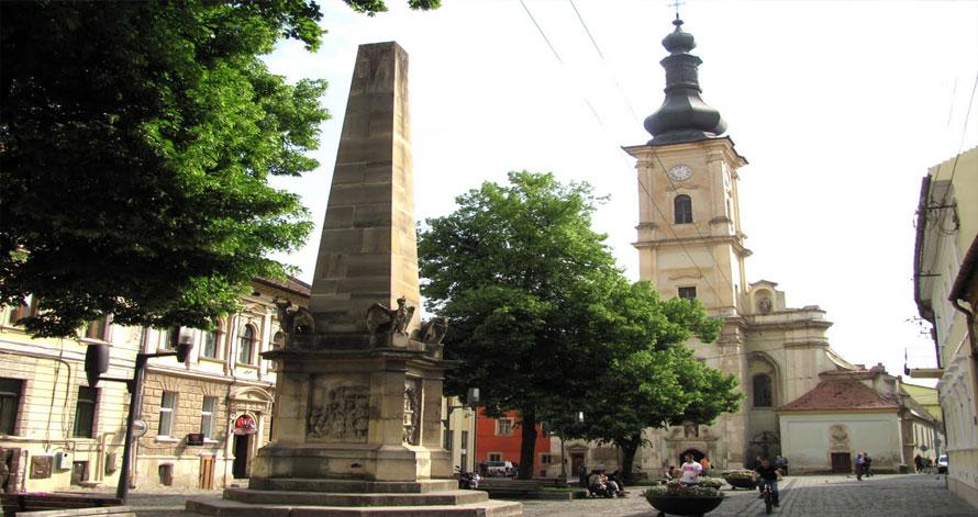 Manastirea-si-Biserica-Franciscanilor